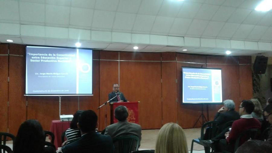 """Conferencia """"Importancia de la Conectividad entre Educación Superior y Sector Productivo Nacional"""""""